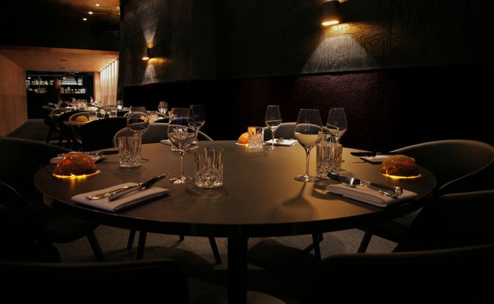 congo-restaurant-by-waauw-studio-06
